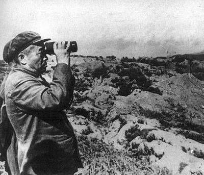 彭总在朝鲜前线